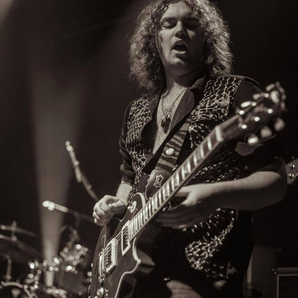 Dave McDonald Guitarist